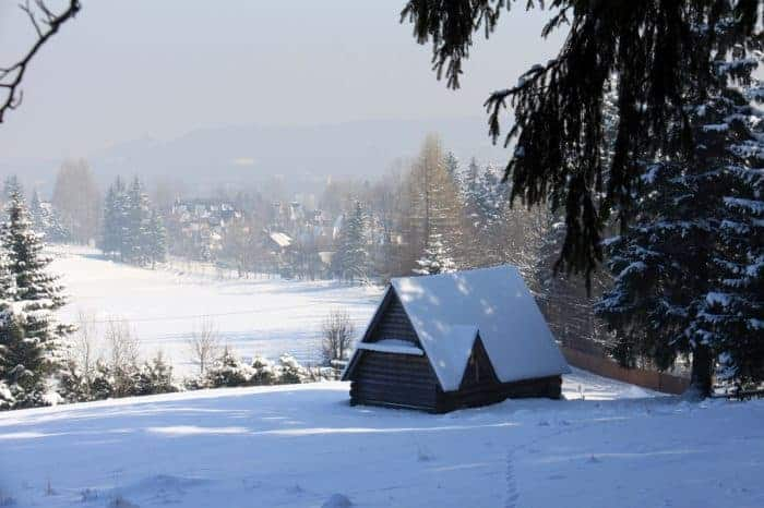zakopane houses in winter