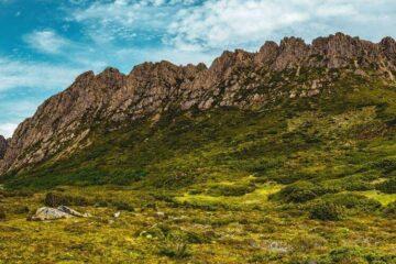 overland track cradle mountain tasmania