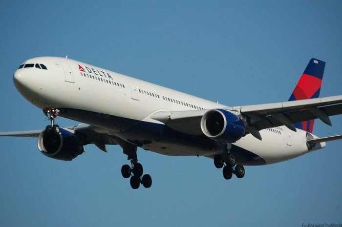 delta airlines with kids