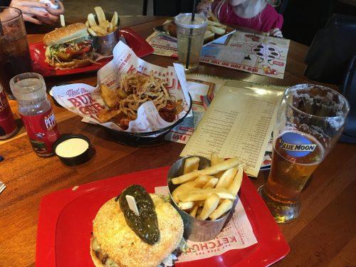 Red Robin Burgers & Brews