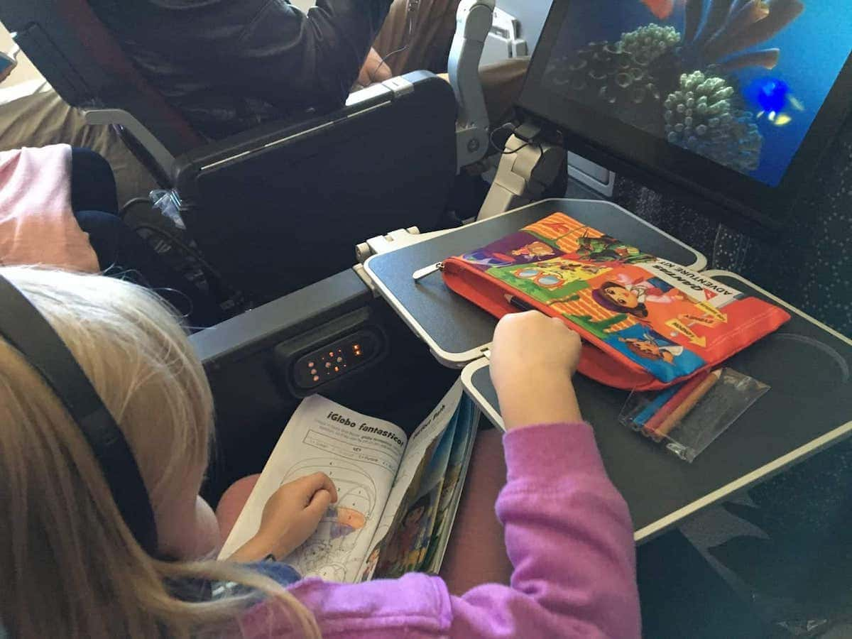 flying qantas with kids