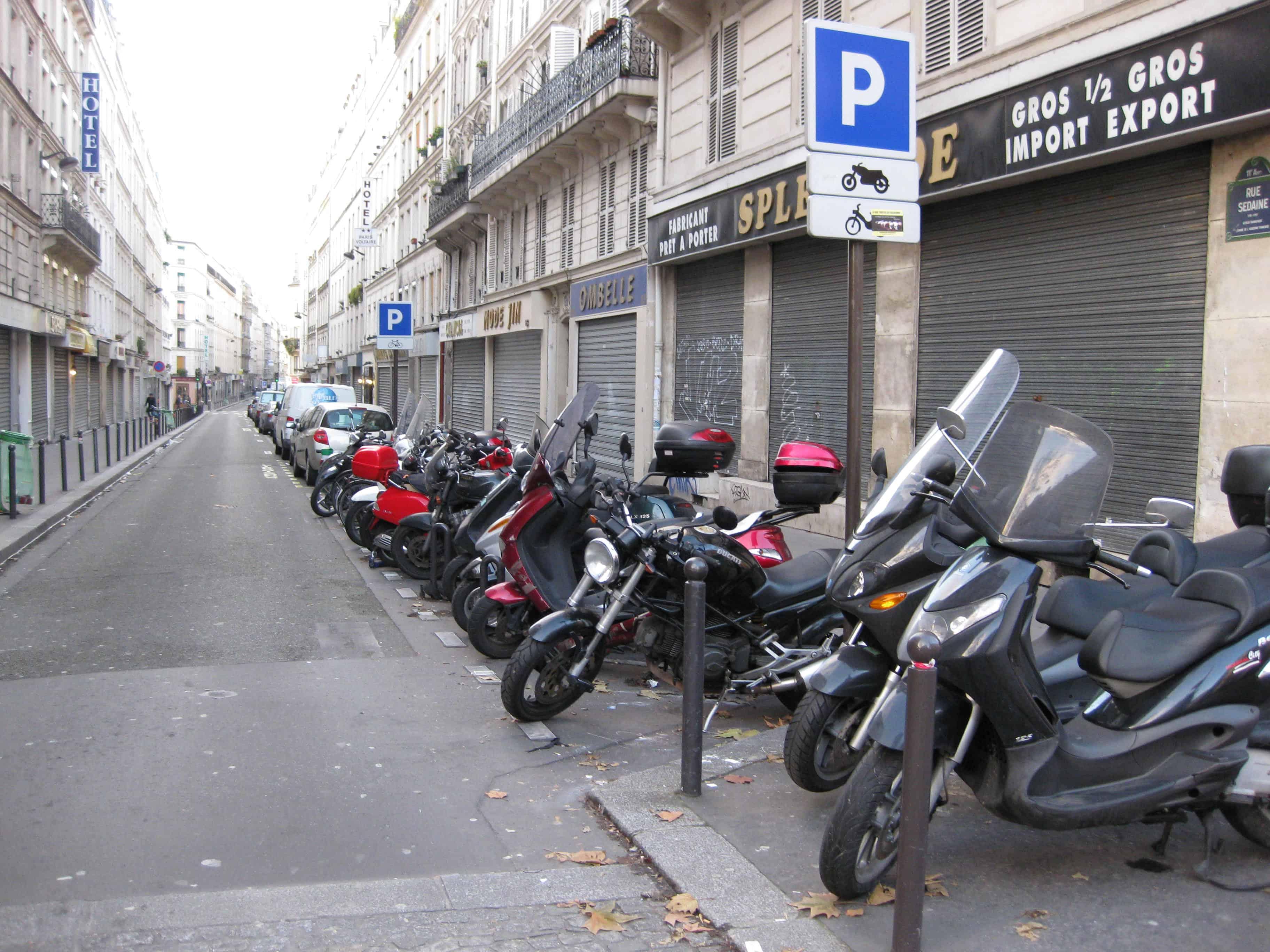 Unique Paris experiences