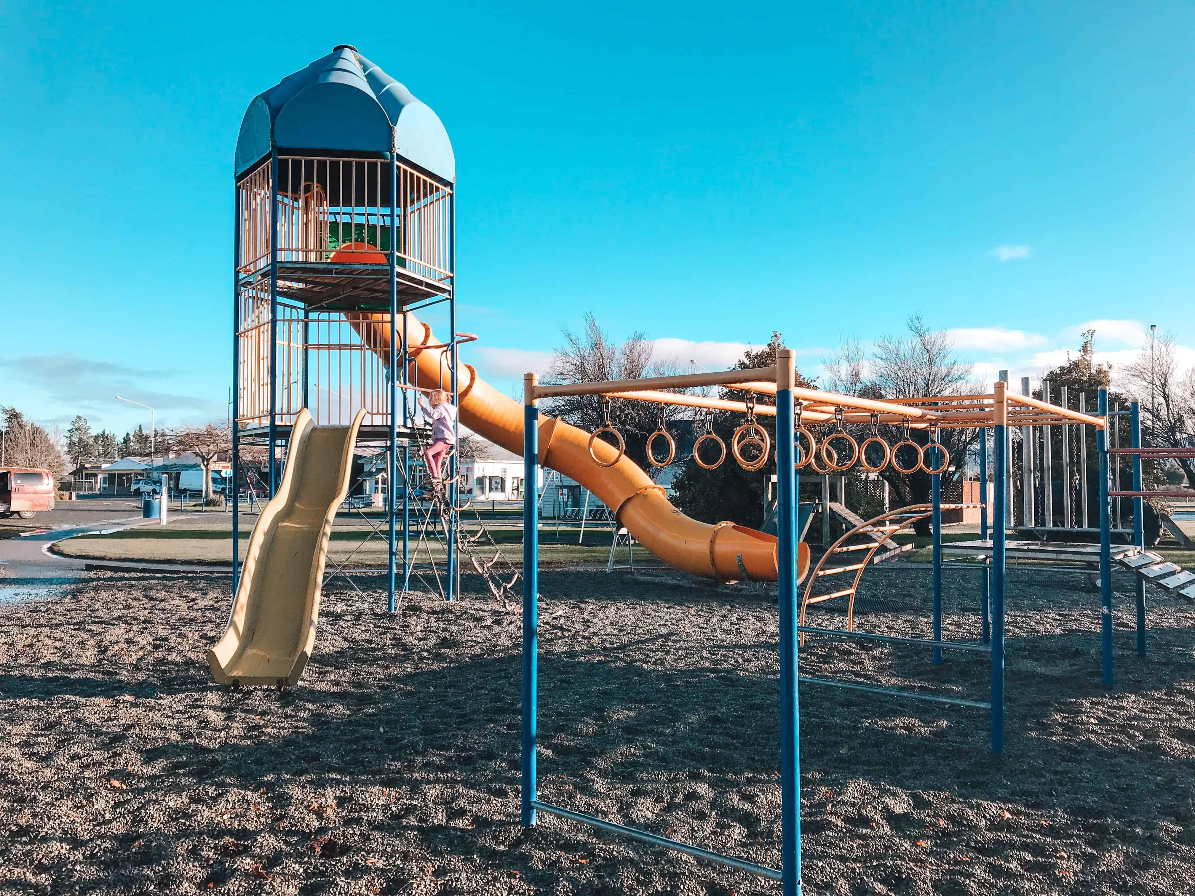Lumsden Information Centre Playground Freedom Campsite