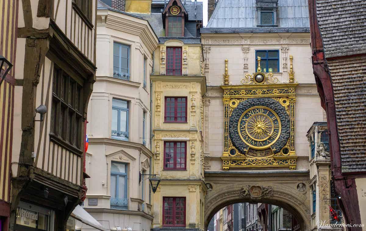 rouen Gros Horloge Medieval Street