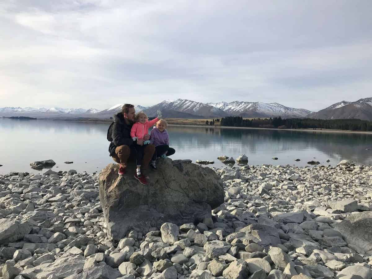 lake tekapo with kids by the lake