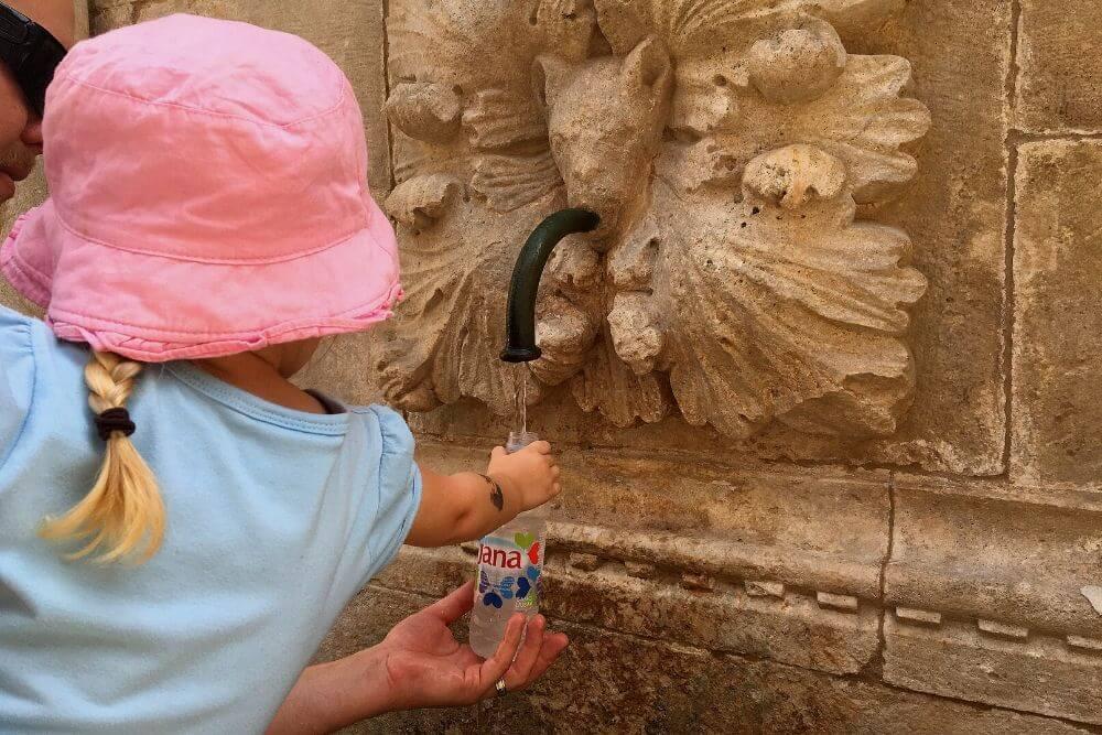 Fill up water bottle in Dubrovnik