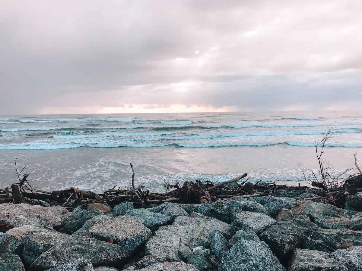 Cobden Beachfront (Shipwreck Point) Freedom Campsite