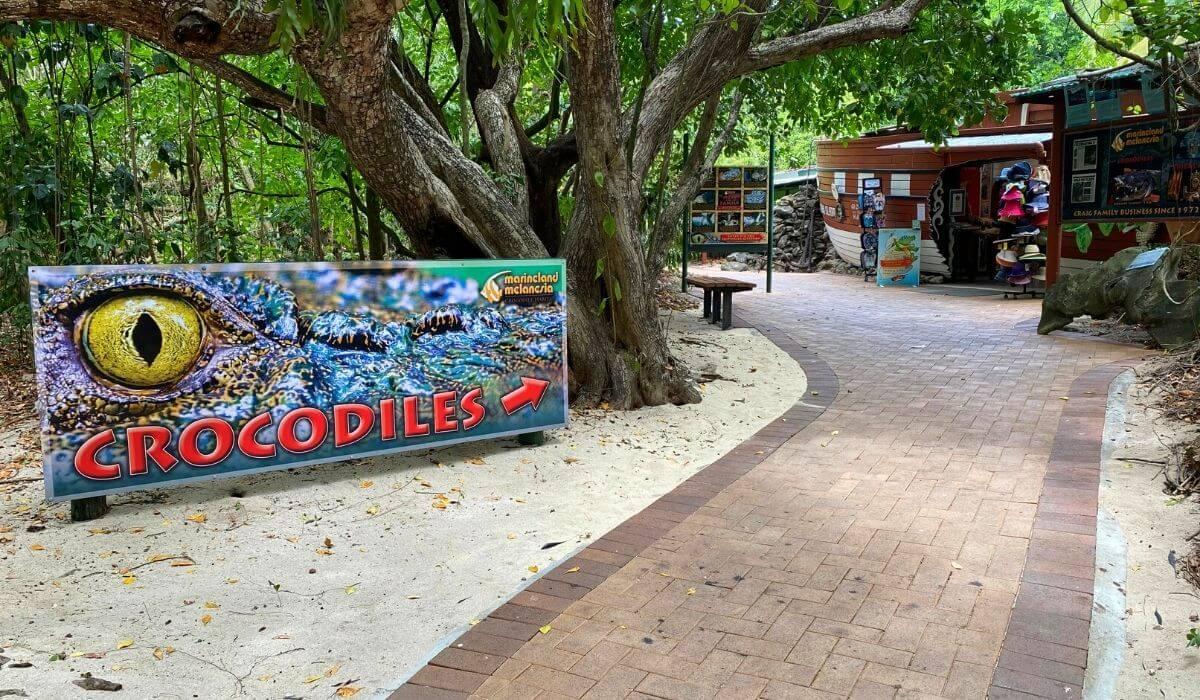 Marineland Melanesia Green island crocodile park