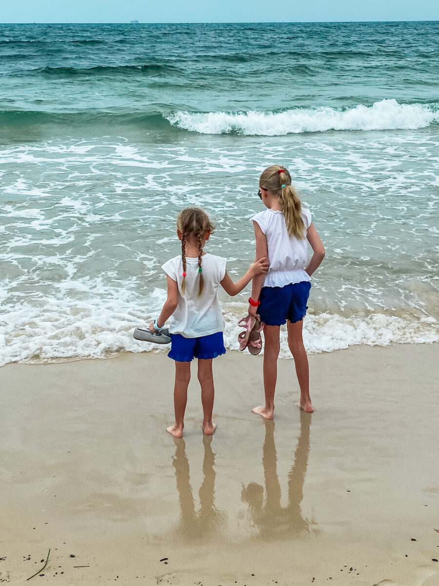 kings beach caloundra queensland 2
