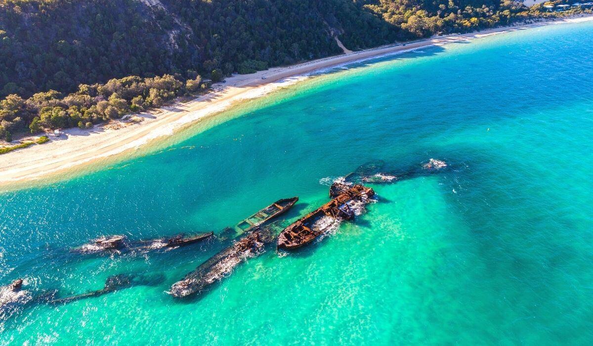 tangalooma wrecks beach