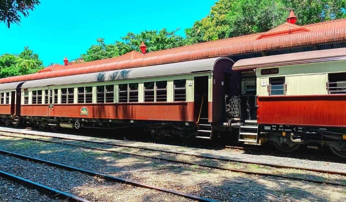 kuranda scenic railway at station