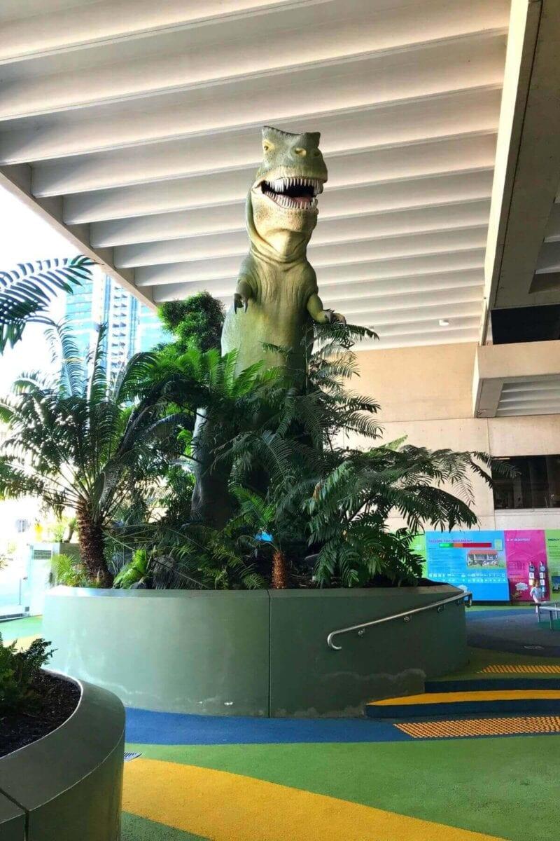 Queensland Museum dinosaurs