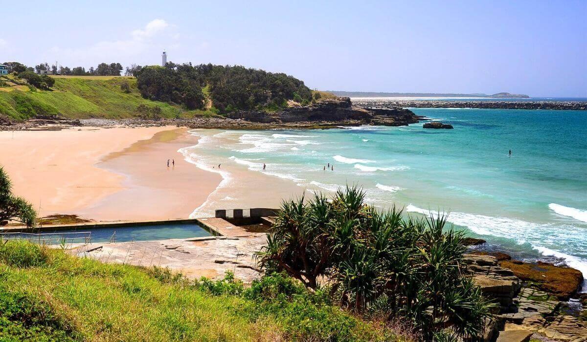 things to do in yamba main beach