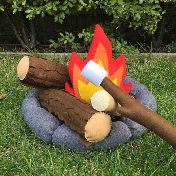 felt campfire play set